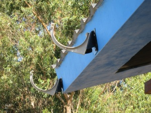 rain gutter mounts 2